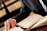 Operadora intimada por advogado para audiência consegue anulação de sentença
